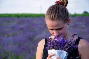 essential-oils-lavender-aromatherapy