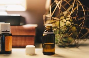 holistic-health-essential-oils